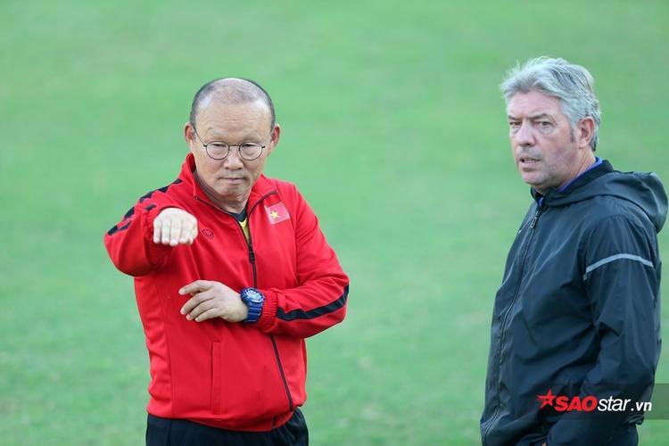 HLV Park Hang Seo lo chuyện dàn xếp tỷ số ở AFF Cup 2018.