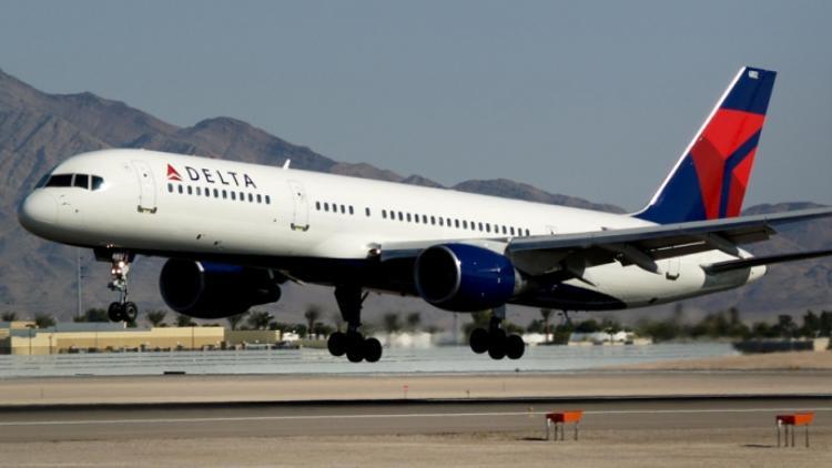 Máy bay của hãng Delta airlines buộc phải hạ cánh khẩn cấp vì tiếp viên đánh nhau.