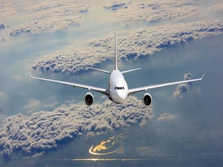 Rắc rối giữa phi công và tiếp viên khiến chuyến bay bị trì hoãn 3 tiếng