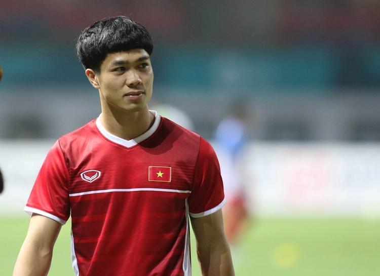 Nam vương ĐTVN dự AFF Cup 2018: Công Phượng đọ sắc Bùi Tiến Dũng