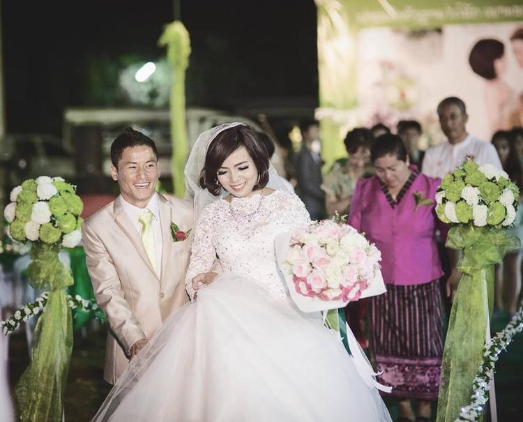 Cặp đôi chính thức yêu nhau được 5 năm và mới kết hôn được 3 năm.