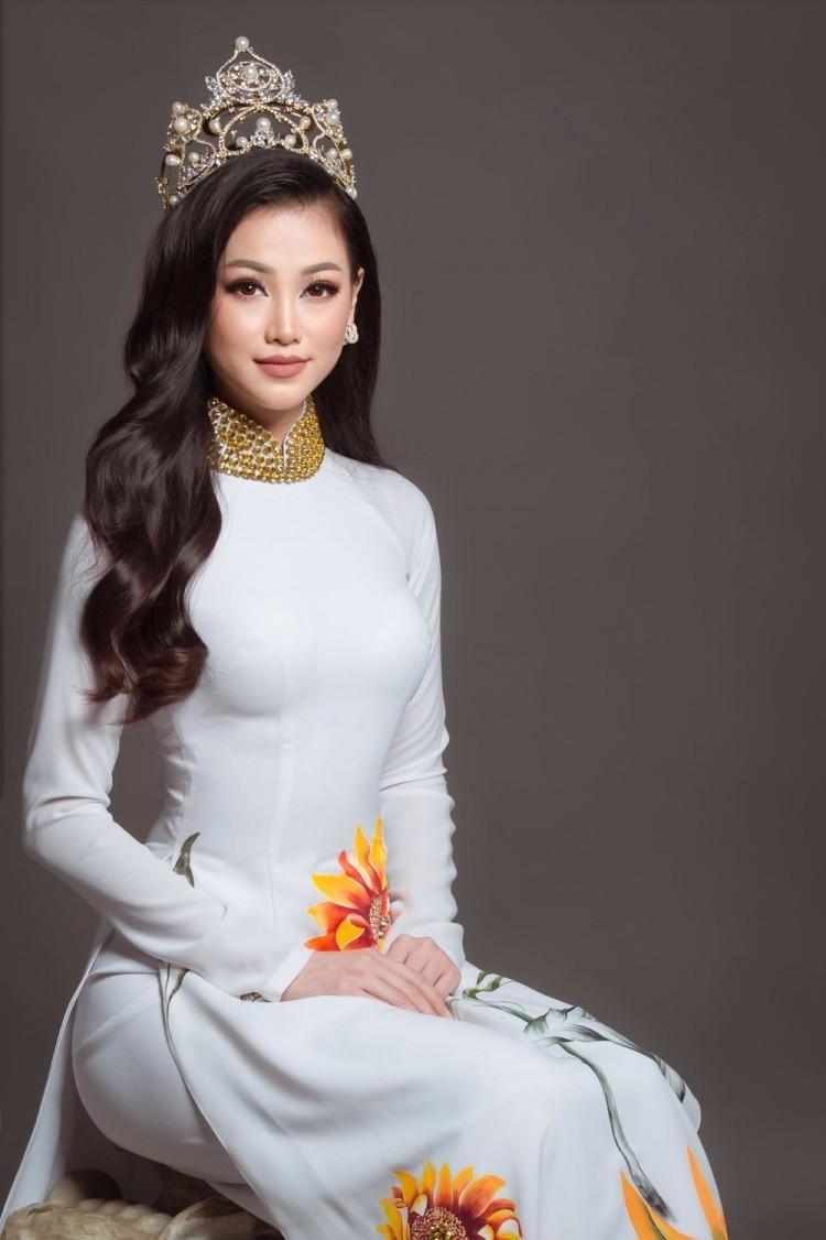 Tân Hoa hậu Trái đất Phương Khánh phản hồi chính thức về việc hẹn hò bác sĩ Chiêm Quốc Thái - Ảnh 3.