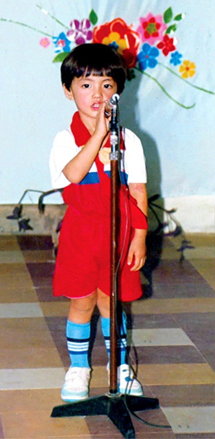 Hé lộ hình ảnh bảnh bao, khí chất 'thượng thừa' của Noo Phước Thịnh lúc còn đi học