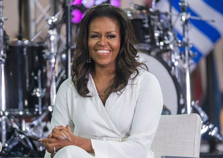 """Trong cuốn hồi ký sắp ra mắt, cựu Đệ nhất phu nhân Mỹ Michelle Obama nói rằng sẽ """"không bao giờ tha thứ cho ông Trump""""."""