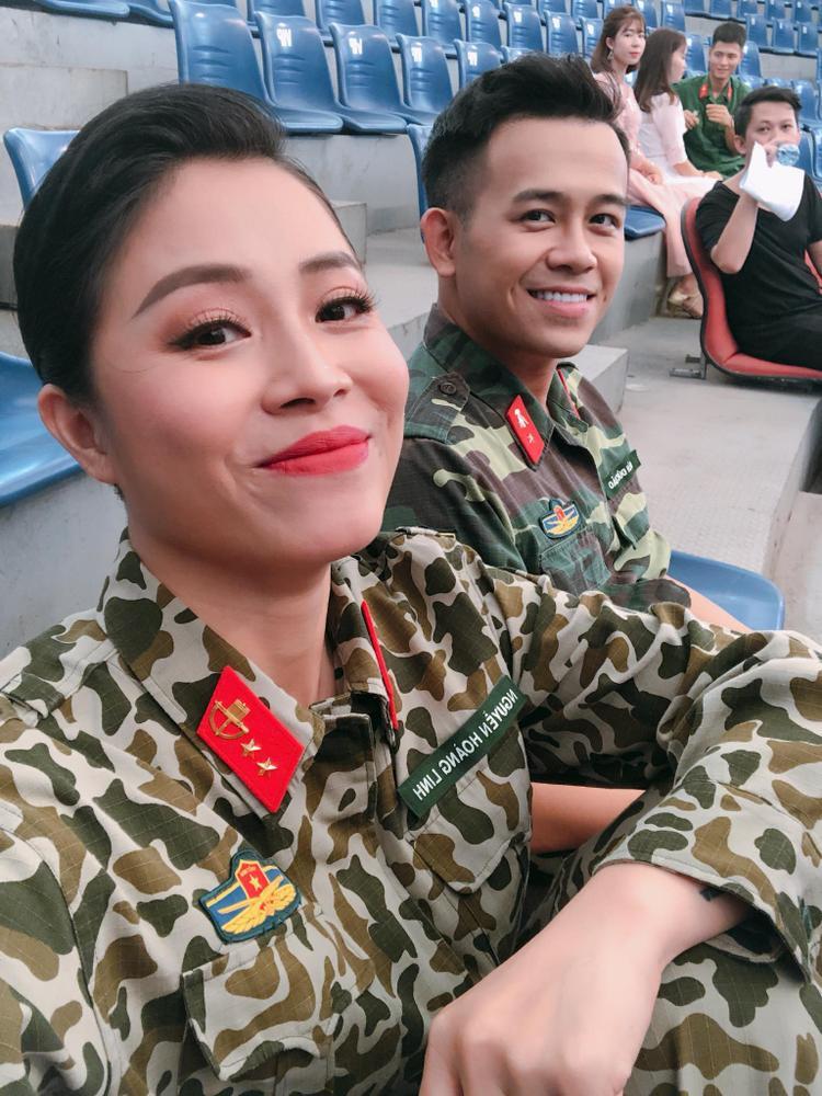 MC Hoàng Linh - Gương mặt quen thuộc trong chương trình Chúng tôi là chiến sĩ.