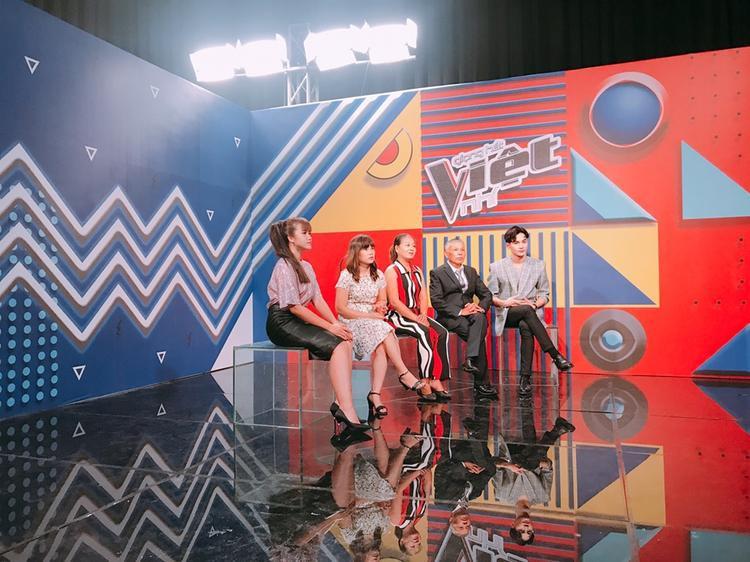 Vannie cho biết trước khi đến với The Voice Kids 2018 cô đã trau dồi cho mình các kỹ năng cần thiết để có thể đảm nhận tốt nhất vai trò mới của mình.