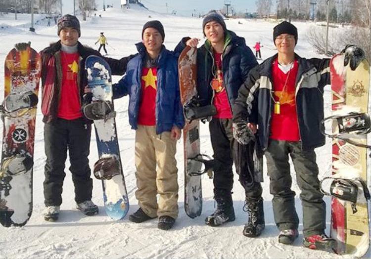 Các môn thể thao dưới trời tuyết được du học sinh Việt yêu thích. Ảnh: Zing.vn