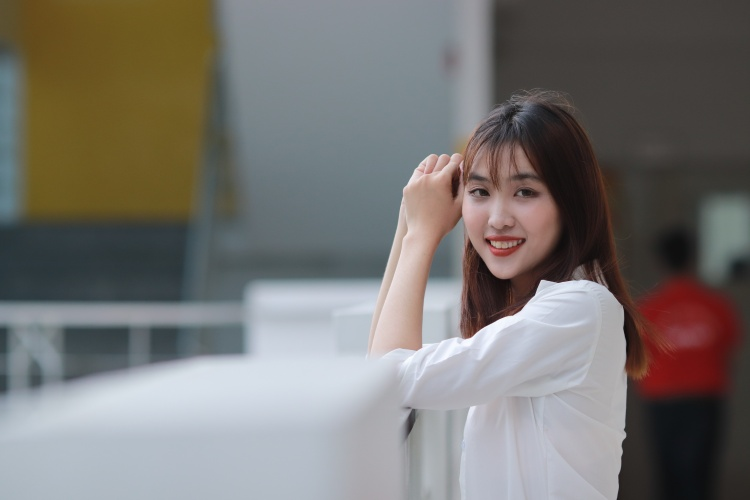 Huỳnh Hồng Ngọc (SBD 218 - Khoa Quản trị kinh doanh)