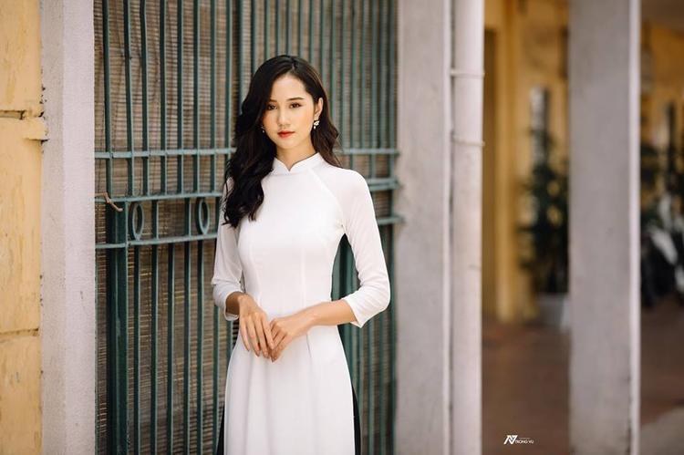 Đứng trước cơ hội tỏa sáng trên sân khấu chung kết Hoa khôi sinh viên Việt Nam 2018, Thùy Trang cho biết cô đang luyện tập rất kĩ lưỡng để không làm những người thân của mình thất vọng.