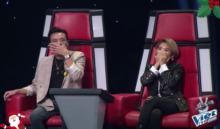 Khoảnh khắc Soobin cười rụng rốn khi thưởng thức minishow team nhà Giang  Hồ