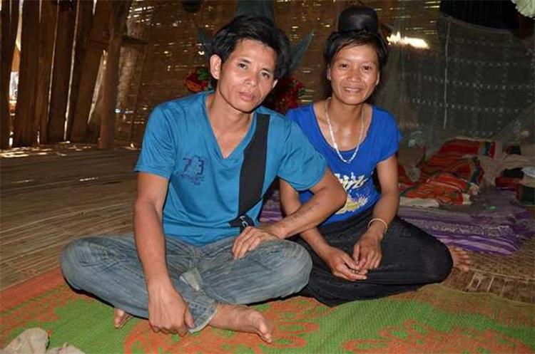 Anh Bok và 1 người vợ trong danh sách 37 người