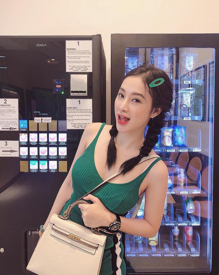 Hương Giang bị lầm tưởng là Tóc Tiên khi lăng xê nguyên bộ kẹp tăm lên tóc