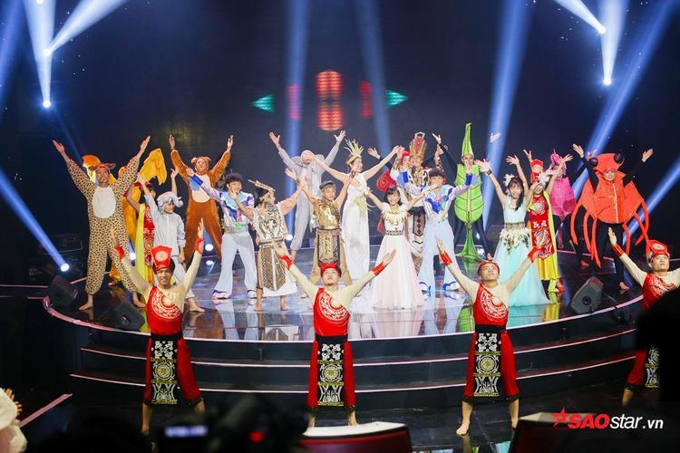 Khó lòng nuốt nổi khi xem lại chiến thắng của đội Giang  Hồ tại Vòng Liveshow 3