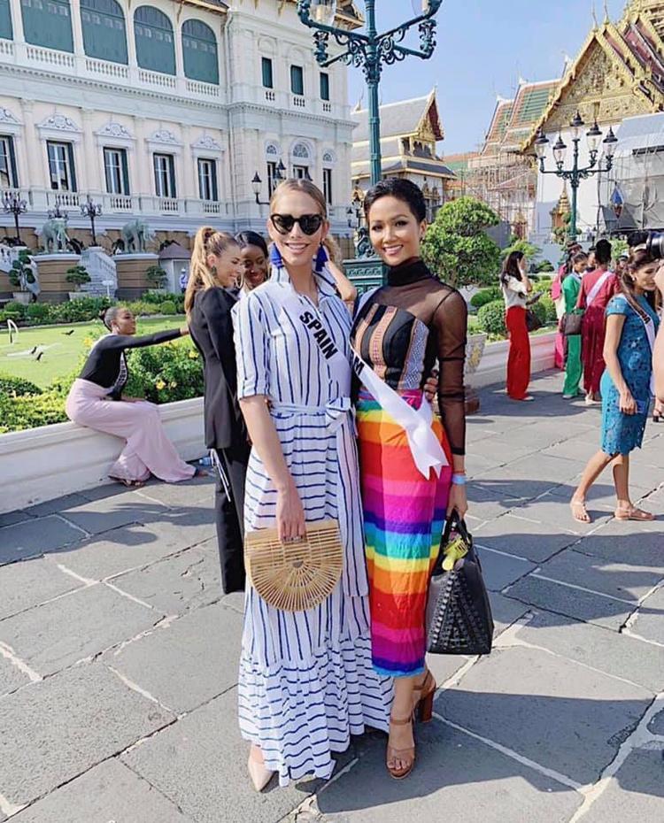 HHen Niê mặc váy cầu vồng ủng hộ cộng đồng LGBT và làm hành động đẹp lấy lòng hàng triệu fan Thái Lan