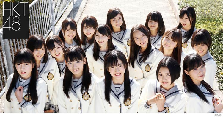 Sakura và Nako là thành viên của HKT48 trước khi gia nhập IZ*ONE.