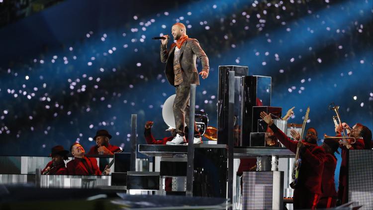 Justin Timberlake tuyên bố hủy show vì sức khỏe nhưng hình như ế vé mới đúng là lí do!