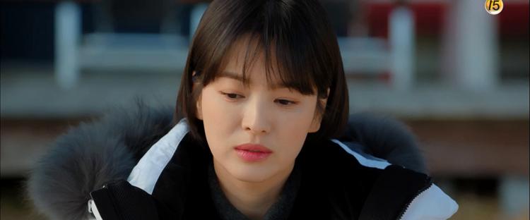 Encounter tập 4: Park Bo Gum lại làm rụng tim người xem vì ngủ gật, tựa đầu lên vai Song Hye Kyo