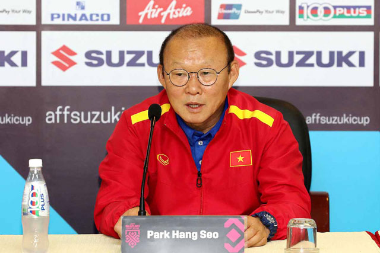 HLV Park Hang Seo tiết lộ bí kíp Việt Nam hạ Philippines