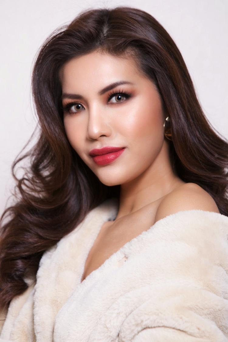 Minh Tú đã vượt mặt đại diện Indonesia cầm chắc suất vé Người đẹp truyền thông tại Miss Supranational 2018?