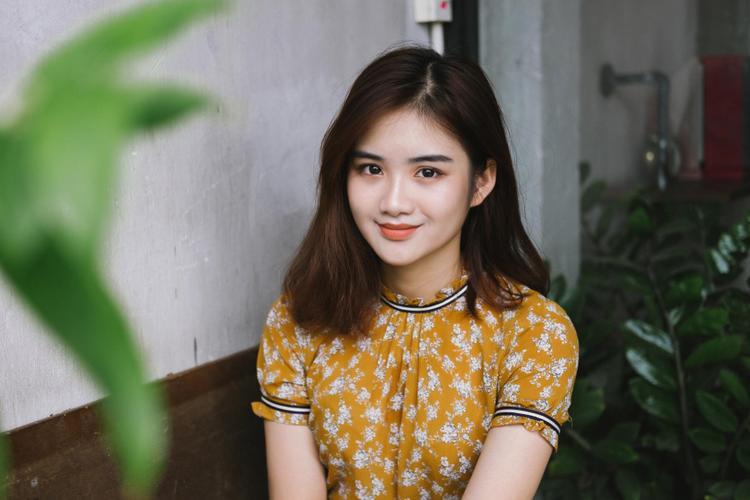 Cận cảnh dung nhan xinh đẹp của Minh Anh.