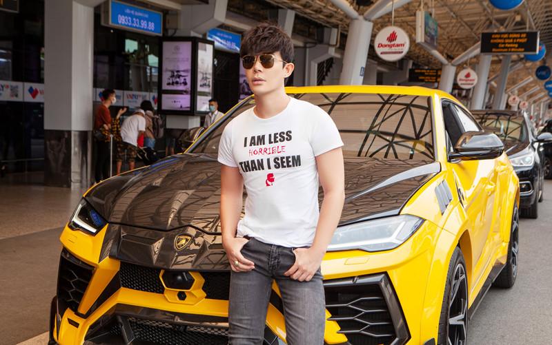 Hot beauty blogger bức xúc với Nathan Lee