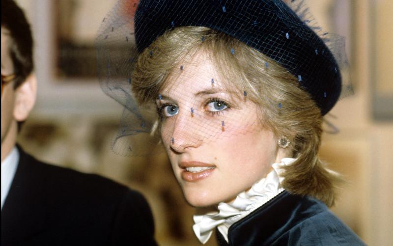 Học lỏm bí quyết làm đẹp từ những năm 80 của Công nương Diana