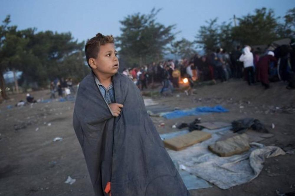 Liên Hiệp Quốc cho biết hơn 160.000 di dân đã tới Hy Lạp từ đầu năm tới nay. Những người này định tới các nước Liên hiệp Âu châu thông qua Macedonia và Serbia. Mỗi ngày có khoảng 2.000 di dân từ Hy Lạp vượt biên sang Macedonia.