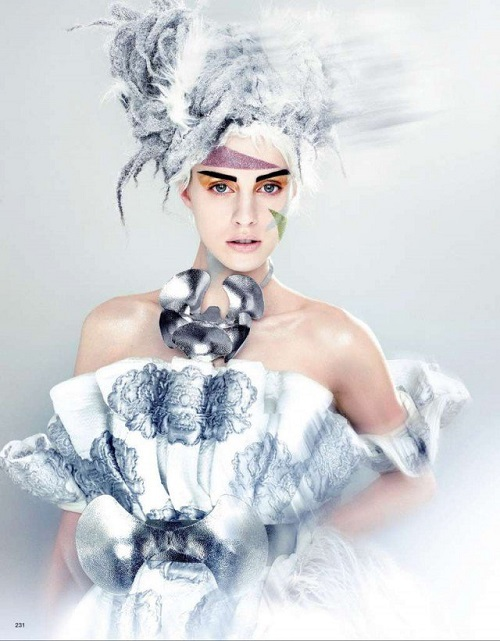 Ghoulish-Snow-Queen-2