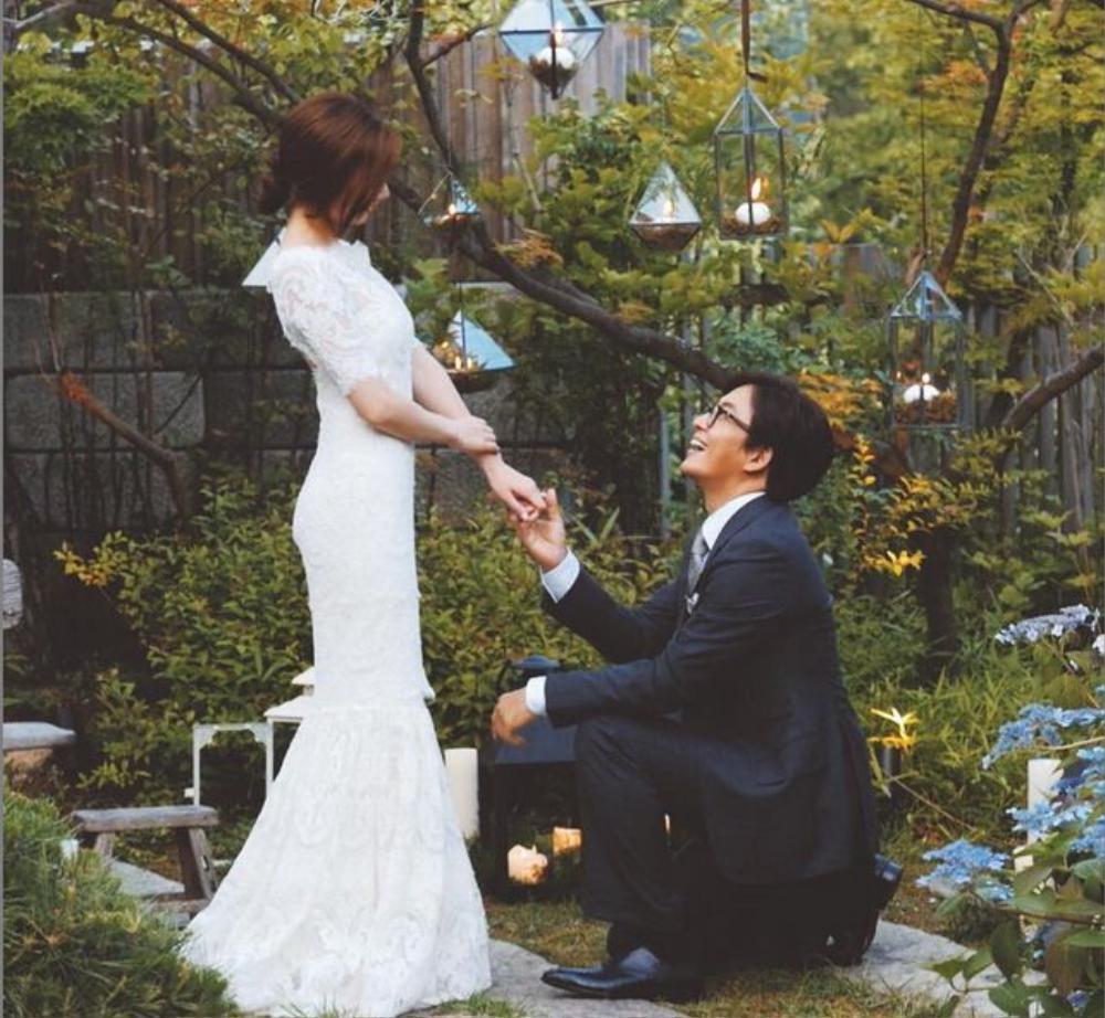 Năm 2015, Bae Yong Joon kết hôn khiến người hâm mộ nữ không khỏi tiếc nuối.