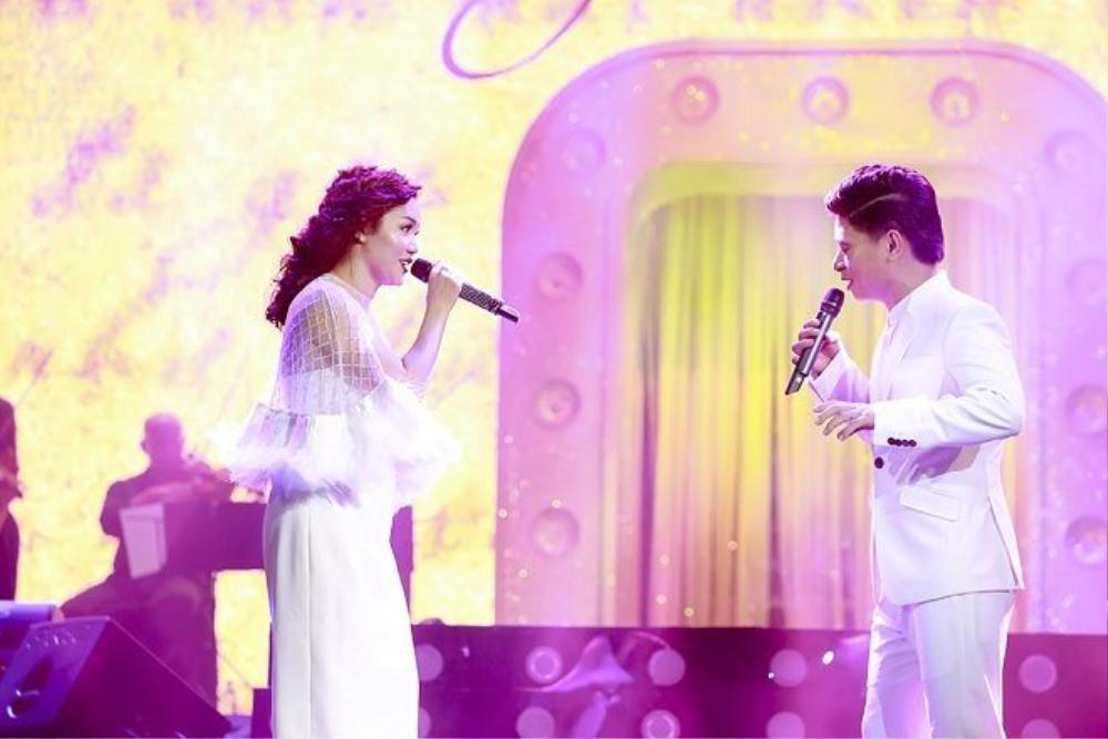 Ngọc Anh và Tấn Minh song ca trong ca khúc từng làm nên tên tuổi Bức thư tình đầu tiên.