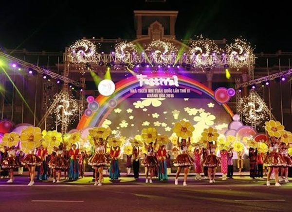 Festivalthieunhi (1)