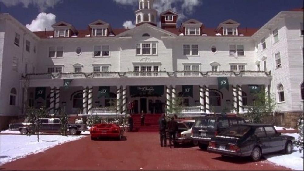 Khách sạn Danbury trong phim