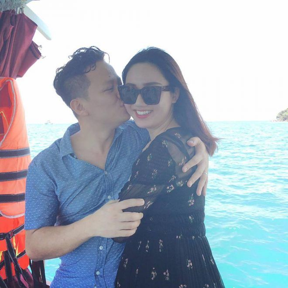 Trà My ngập tràn hạnh phúc bên doanh nhân Lê Hoàn.