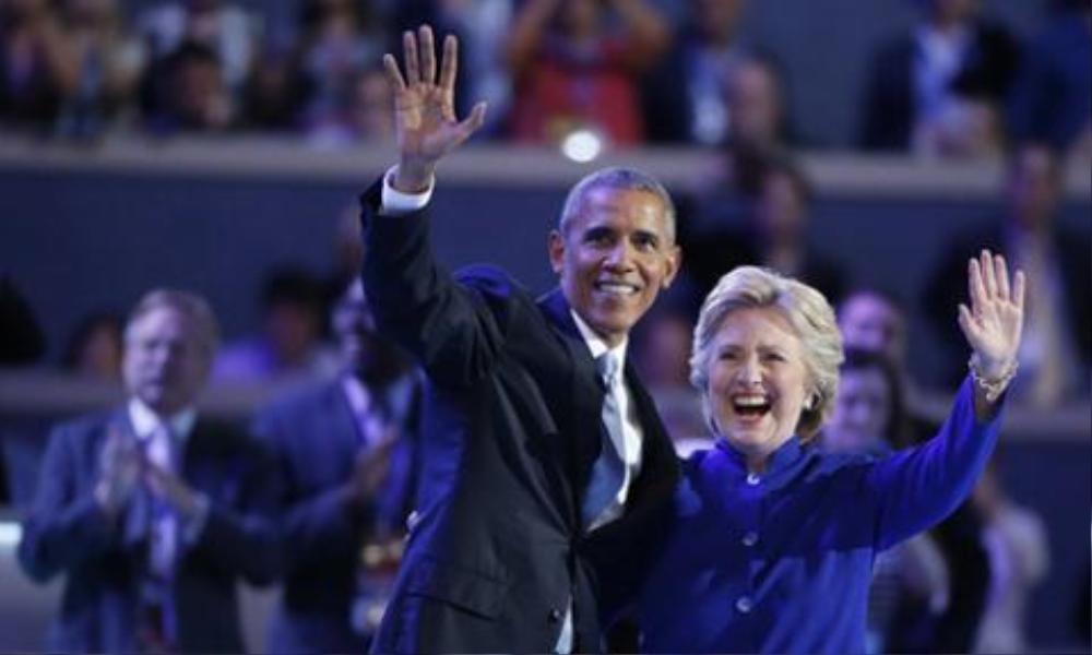 Bà Hillary và ông Obama đang giành chiến thắng trong cuộc chiến thông tin với Donald Trump.