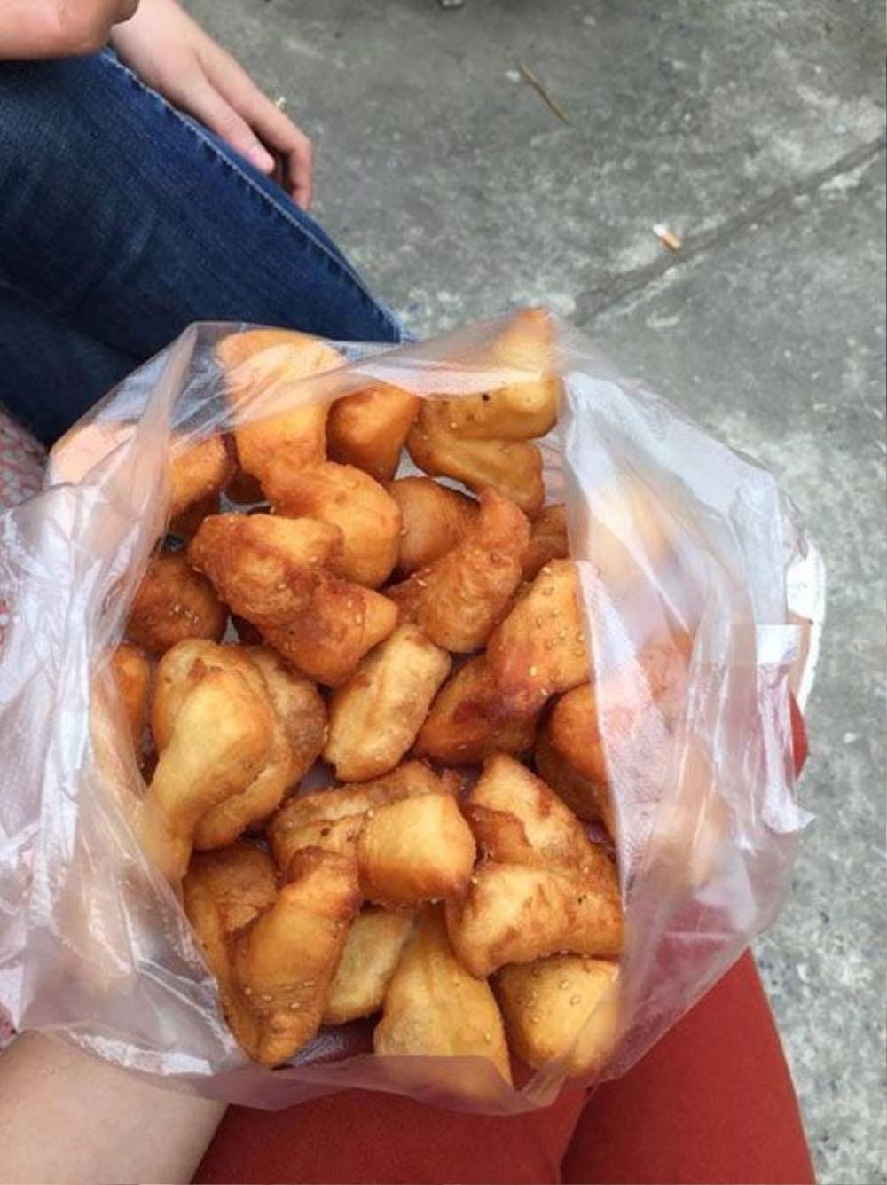 Bánh quẩy đùi gà (1k).