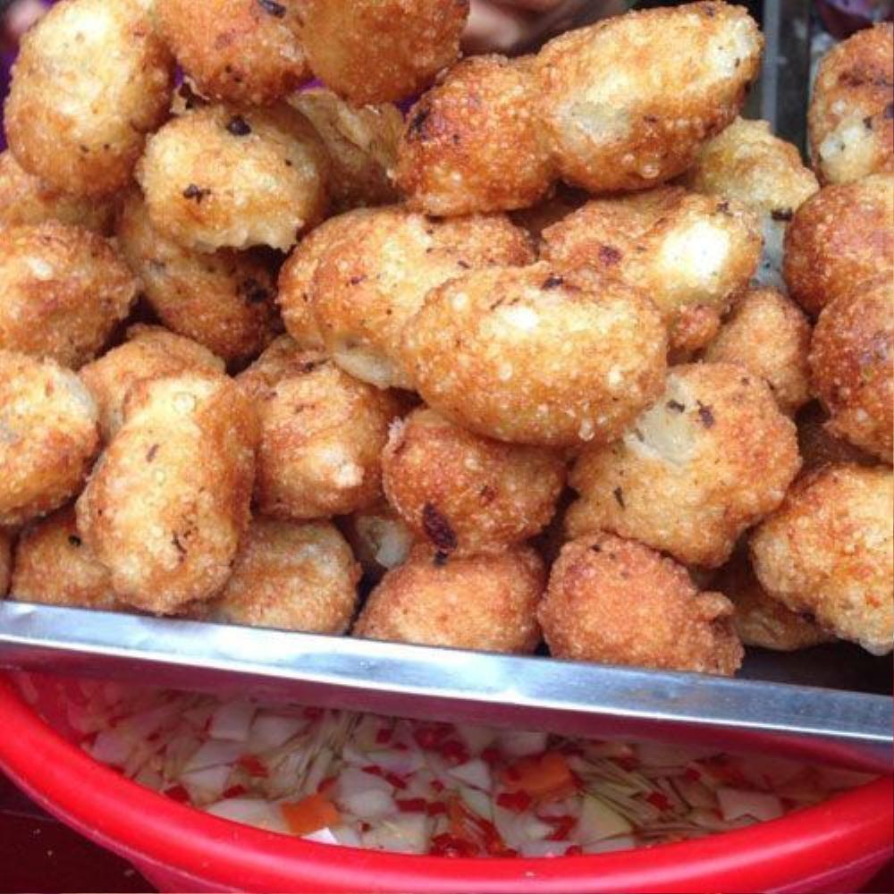 Bánh rán mặn - Cô Tâm - Số 111 A5 Thành Công, Ba Đình (3k).