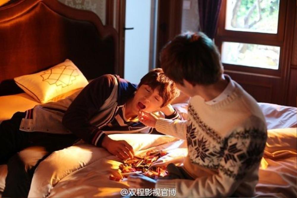 Sống hết mình vì tình yêu, không màng đến sự kỳ thị hay ghét bỏ của những người xung quanh, Lục Phong luôn sẵn lòng thể hiện tình yêu đối với Trình Diệc Thần, đồng thời lay động trái tim của cậu, khiến Diệc Thần mở lòng đón nhận tình yêu của mình.