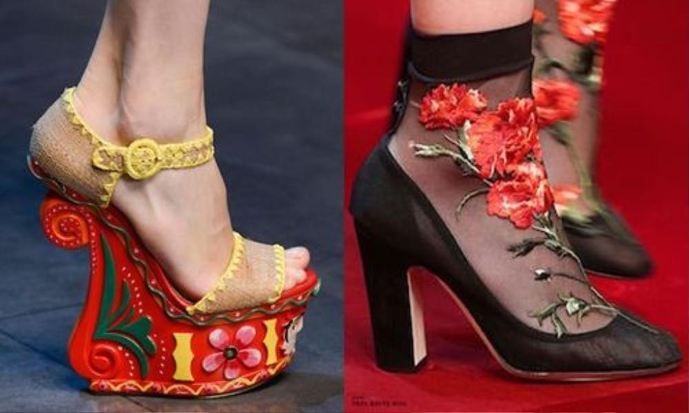 Những chiếc giày được thêu hoa tinh tế và có phần gót gỗ được đẽo gọt vô cùng tinh xảo của Dolce & Gabbana trên sàn diễn không thể khiến bạn rời mắt