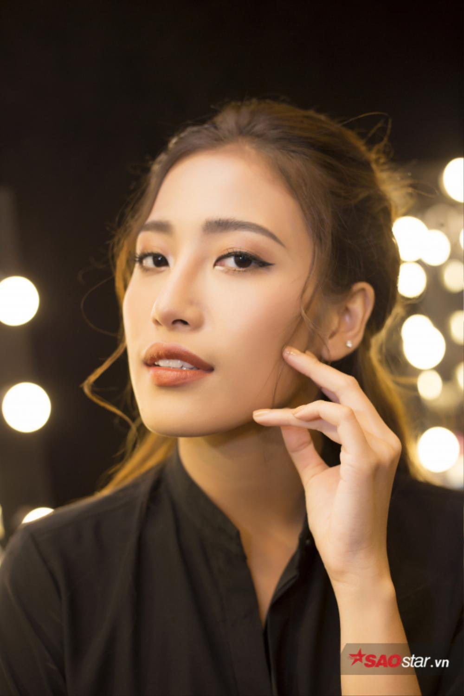 Bật mí phong cách trang điểm đẹp long lanh của Hoa hậu
