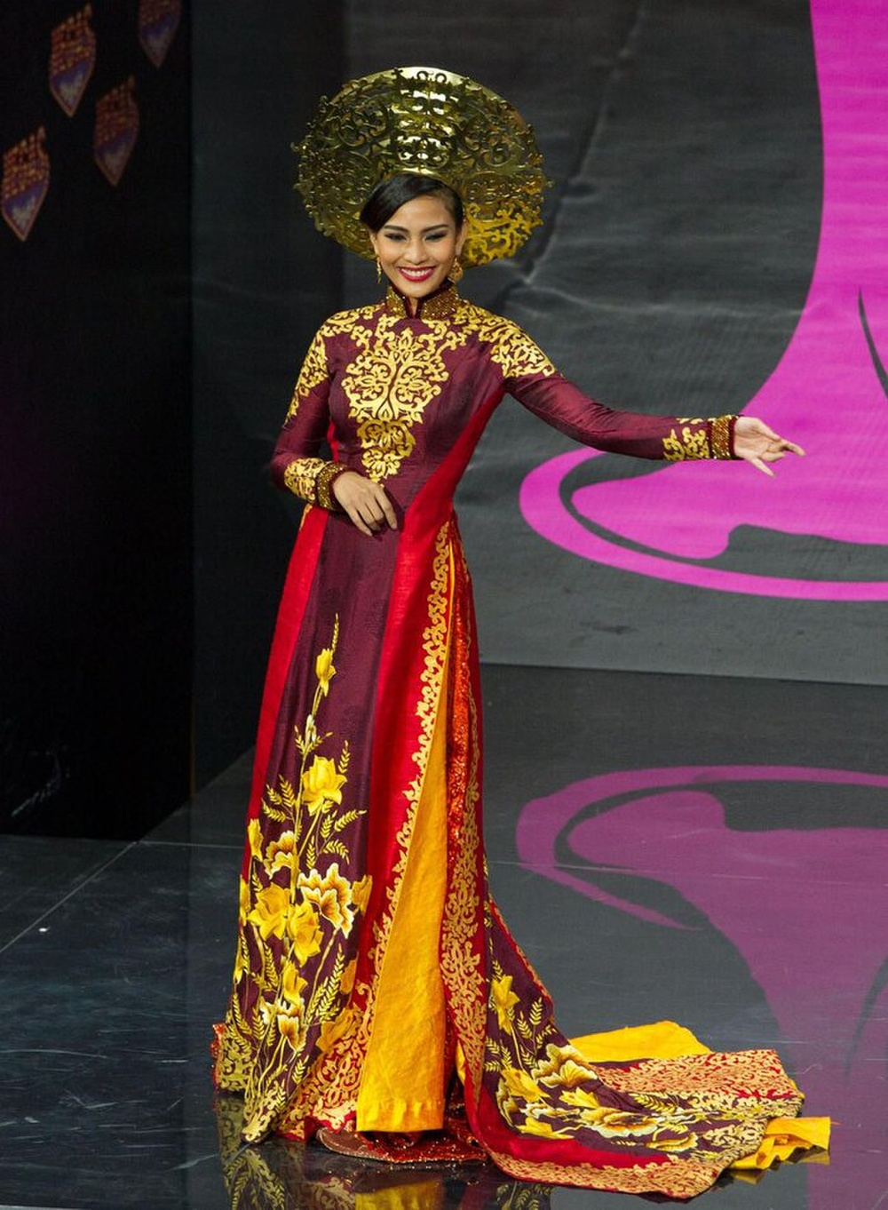Khả Trang - Thúy Vân - Tường San - Hoài Sa quyền lực với National Costume Nữ thần phương Đông Ảnh 9