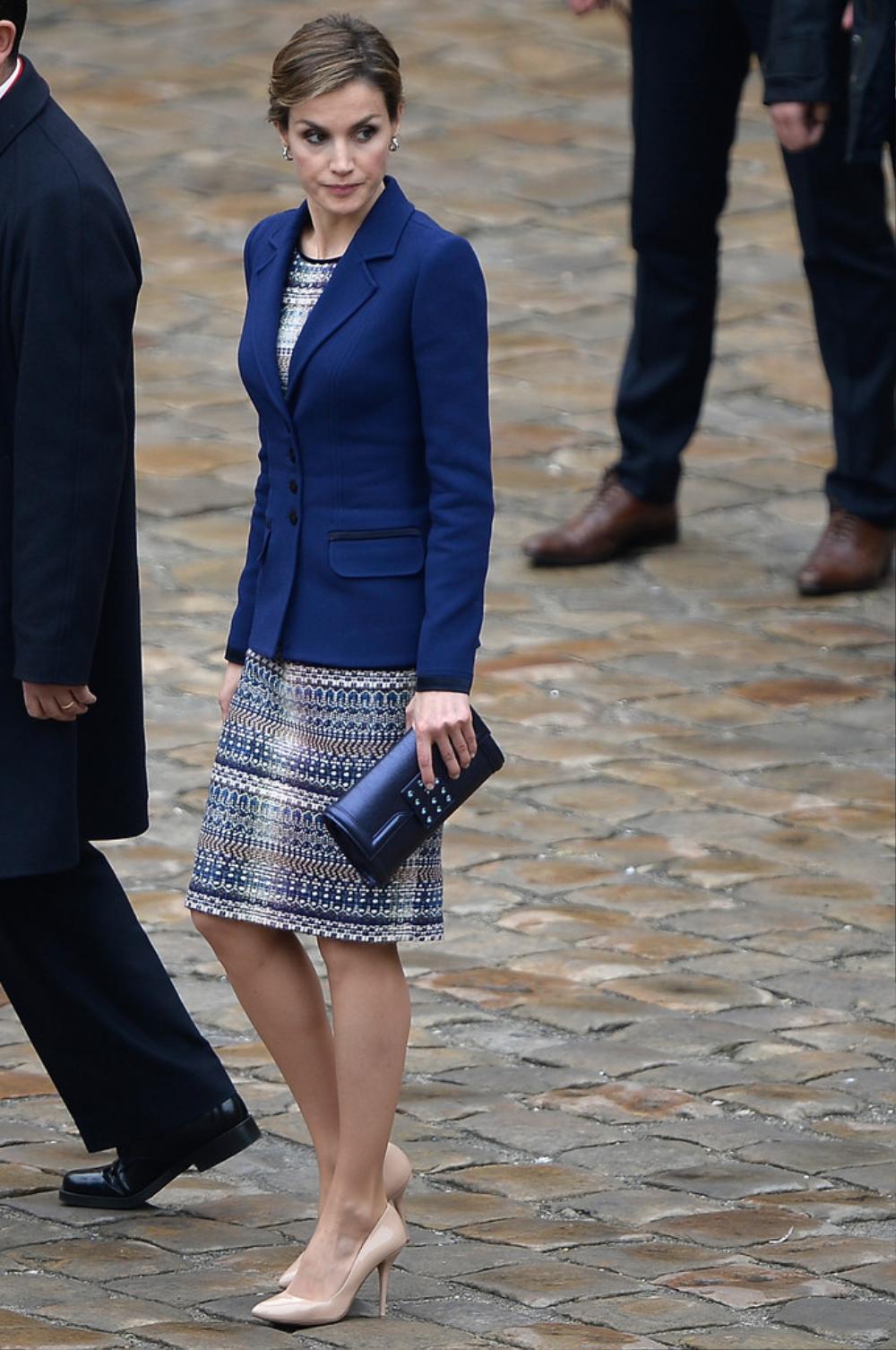 Bí ẩn tủ đồ Hoàng gia: 15 lần phụ nữ Hoàng gia khéo léo sửa lại quần áo cũ để tái sử dụng Ảnh 11