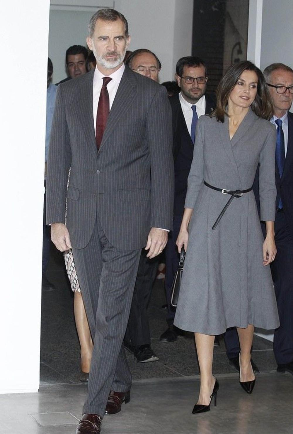 Bí ẩn tủ đồ Hoàng gia: 15 lần phụ nữ Hoàng gia khéo léo sửa lại quần áo cũ để tái sử dụng Ảnh 13