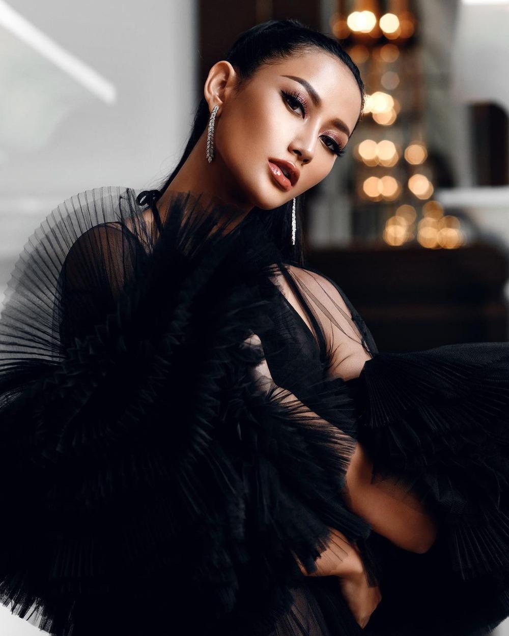 'Vượt mặt' hoa hậu Venezuela, Khánh Vân lọt Top 4 mỹ nhân được quan tâm nhất Miss Universe Ảnh 8
