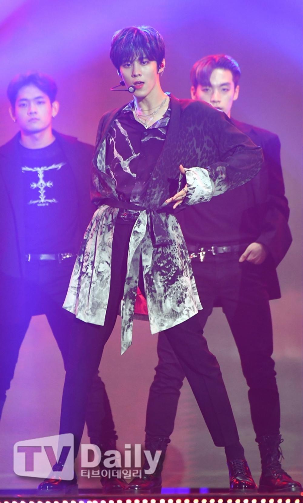 Thành viên Wanna One và X1 đoàn tụ sau khi tan rã: Mỗi người mỗi ngã nhưng cùng trở về một sân khấu! Ảnh 18
