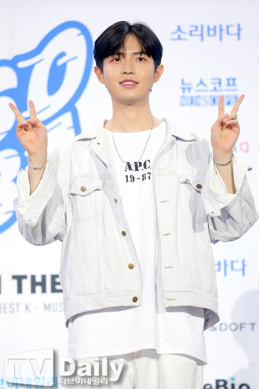 Thành viên Wanna One và X1 đoàn tụ sau khi tan rã: Mỗi người mỗi ngã nhưng cùng trở về một sân khấu! Ảnh 13