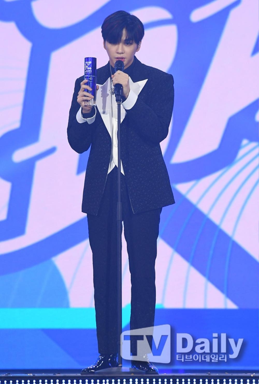 Thành viên Wanna One và X1 đoàn tụ sau khi tan rã: Mỗi người mỗi ngã nhưng cùng trở về một sân khấu! Ảnh 4