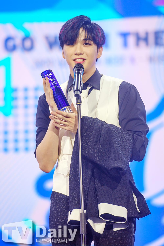 Thành viên Wanna One và X1 đoàn tụ sau khi tan rã: Mỗi người mỗi ngã nhưng cùng trở về một sân khấu! Ảnh 6