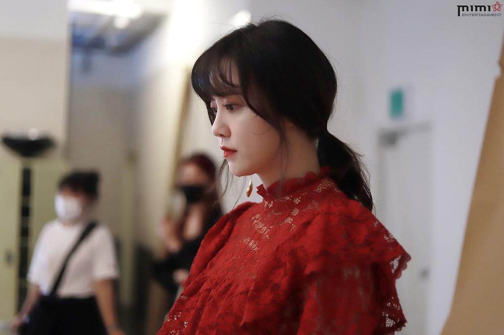 Goo Hye Sun giảm 14 kg, mảnh mai như thời 'Vườn sao băng': Ly hôn là đúng đắn! Ảnh 19