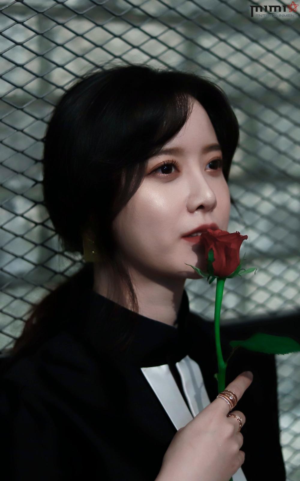 Goo Hye Sun giảm 14 kg, mảnh mai như thời 'Vườn sao băng': Ly hôn là đúng đắn! Ảnh 26