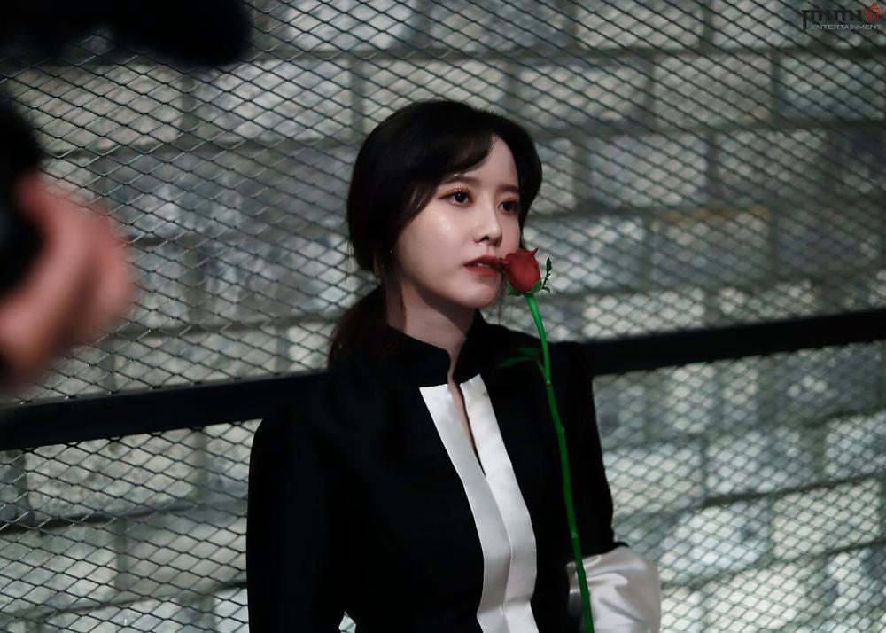 Goo Hye Sun giảm 14 kg, mảnh mai như thời 'Vườn sao băng': Ly hôn là đúng đắn! Ảnh 29